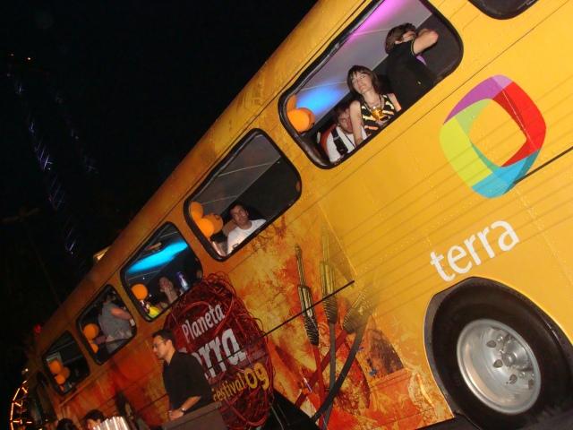 ônibus do Terra @ Planeta Terra 2009 por Alê dos Santos
